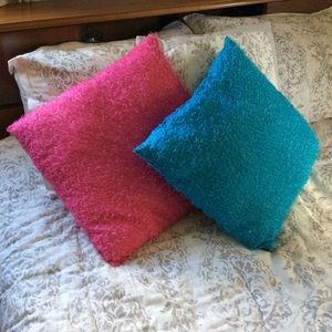 💙💗 Blue and Hot Pink Pillow Set 💗💙